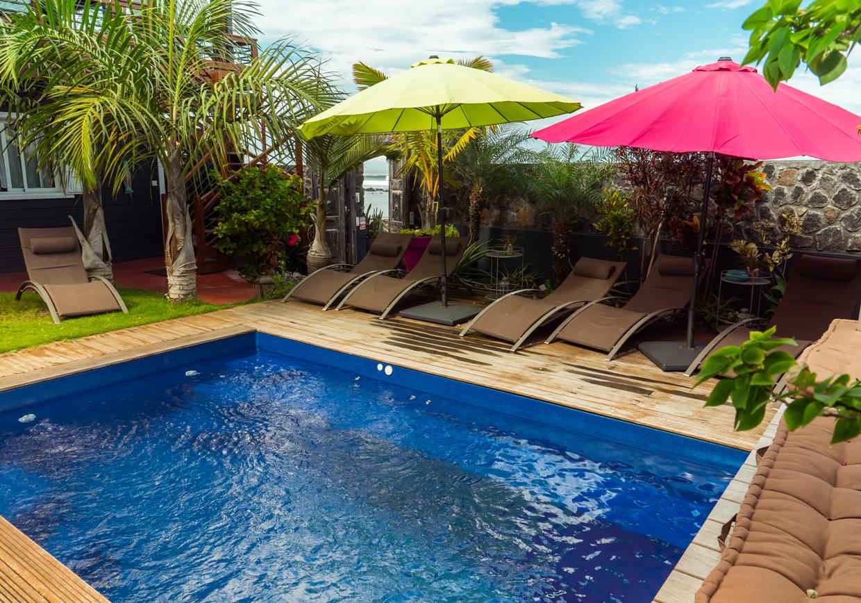 Cote-lagon-vue-piscine