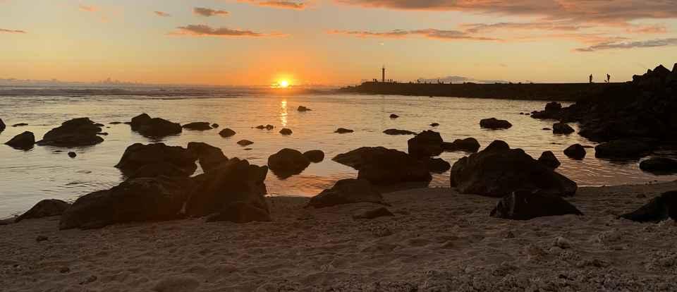 Maison d'hôtes - coucher de soleil sur la plage de Terre Sainte